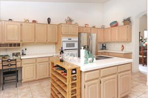24602 Cactus Flower Court Kitchen