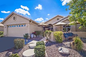Welcome home to 10225 E Stoney Vista Dr Sun Lakes AZ.