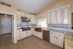You will love the great entertaining kitchen at 25418 S Spring Creek Rd.
